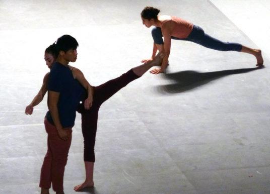 Simbolico e coinvolgente: Ohad Naharin con la  Batsheva Dance Company al RavelloFestival