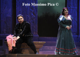 Il Teatro Verdi vince facile con Rigoletto dal 28 al 30 dicembre