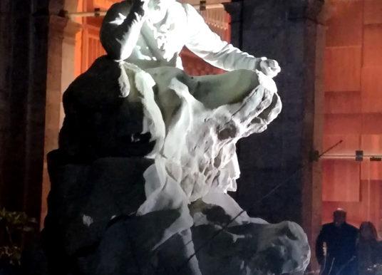Un Beethoven che guarda al futuro: restaurata la statua a San Pietro a Majella